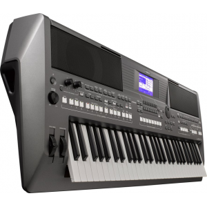 Yamaha PSR-S670 Arranger Workstation Keyboard